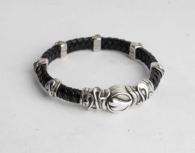 Braided leather bracelet CC4M